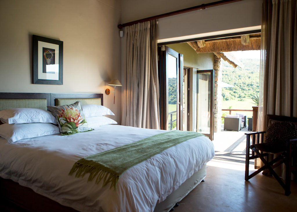 Hopewell-Private-Game-Reserve-Accommodation-Standard-Suite-Bedroom