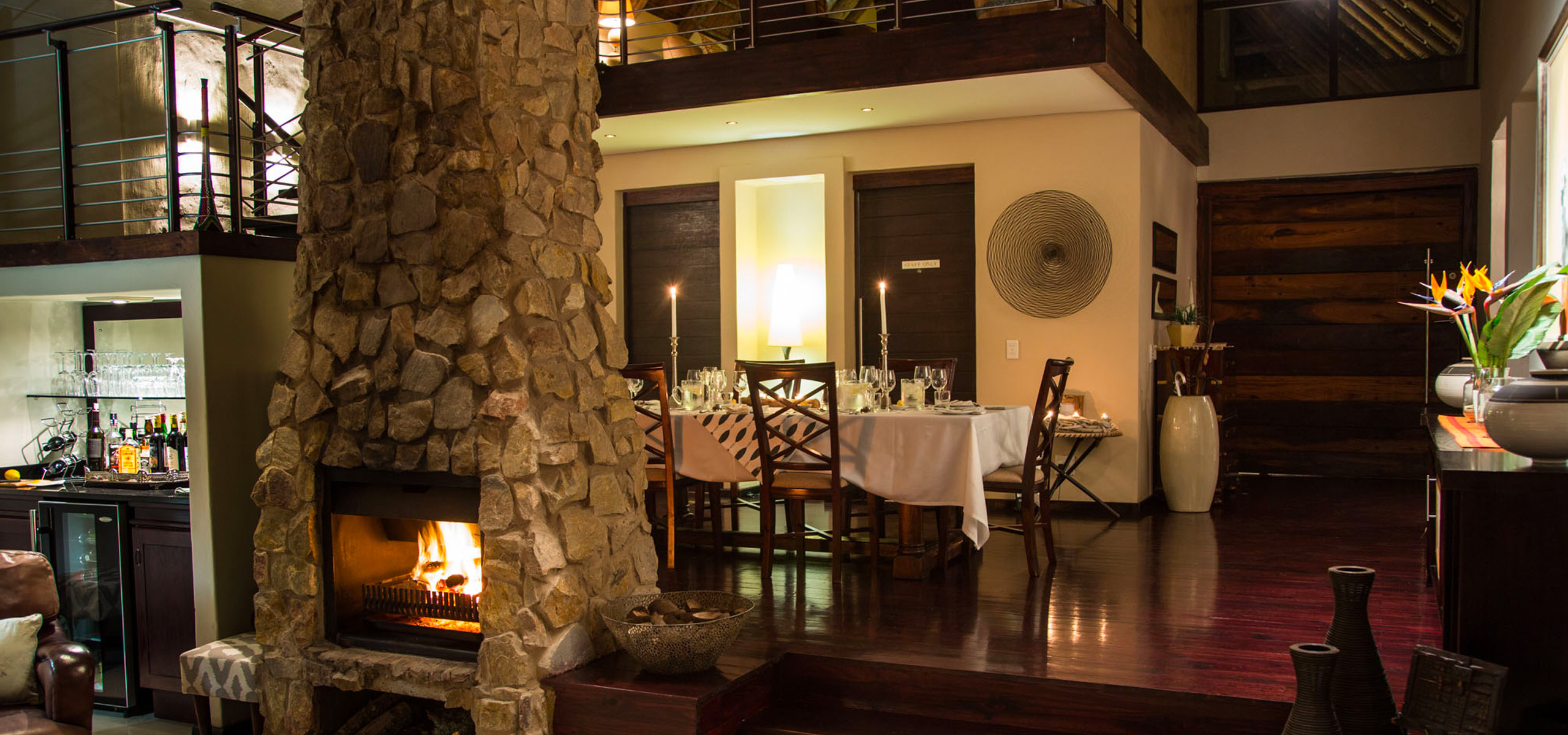 Hopewell-Private-Game-Reserve-Lodge-Dining-Area